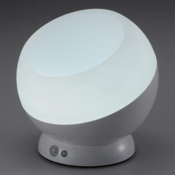 LEDムードライト 人感・明暗センサー 昼光色LED [品番]07-9832