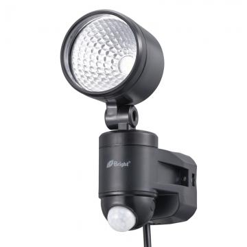 LEDセンサーライト コンセント式 1灯 [品番]07-8725